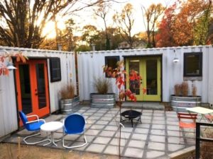 Beautiful 20′ Industrial Container House